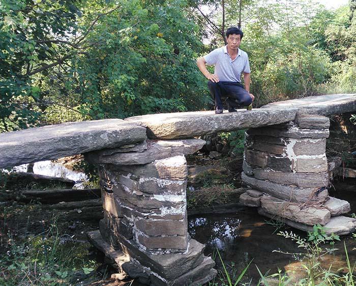 古老的桥墩